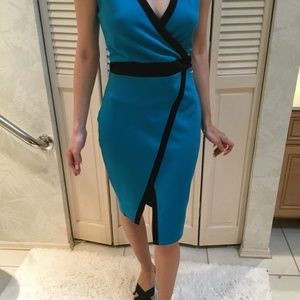 Super cute only worn once Guess dress!